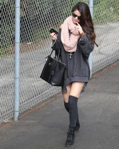 Selena_Gomez_socks