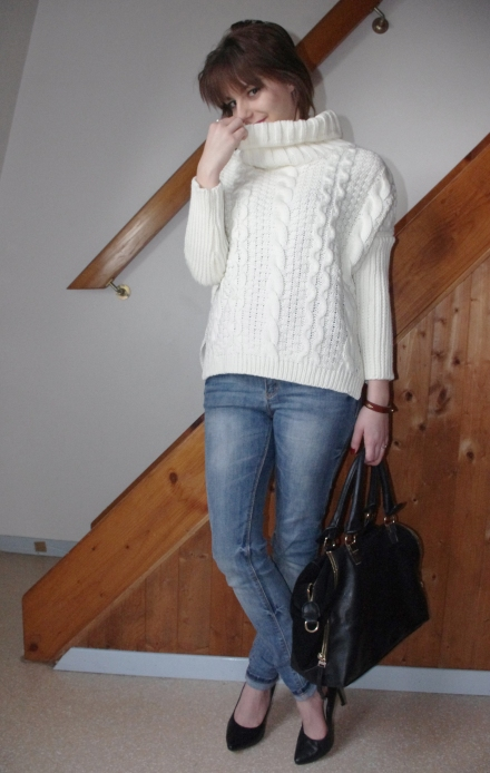 loose-sweater-11