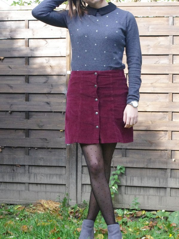 burgundy-and-dots-10